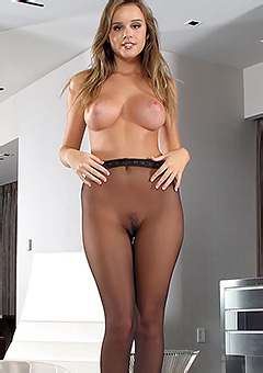Alexis Adams In Pantyhose